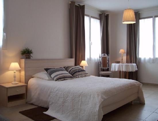 gagner de la place dans sa chambre maison et d coration. Black Bedroom Furniture Sets. Home Design Ideas